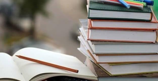 درس خواندن در ایام امتحانات